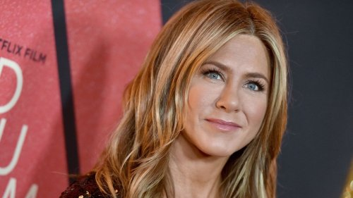 This is Jennifer Aniston's signature lipstick shade - and where to buy it