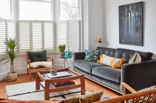 Where to spend and where to save when planning a living room according to designers
