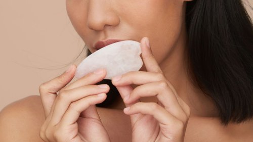 Why you should master a gua sha facial in 2021 and how to do it