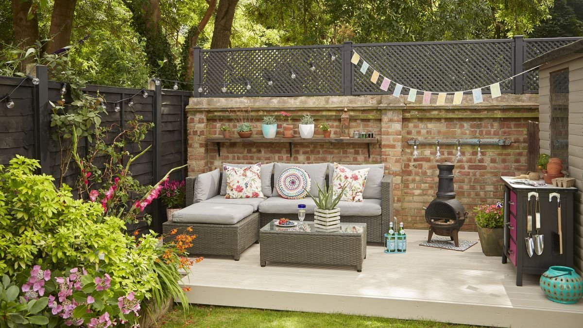 Garden makeover: a stylish outdoor entertaining space created on a budget