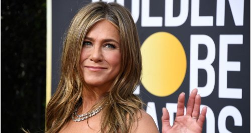 Jennifer Aniston bulk buys this gorgeously scented candle