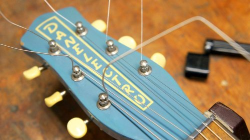 How to restring an electric guitar: a step-by-step guide