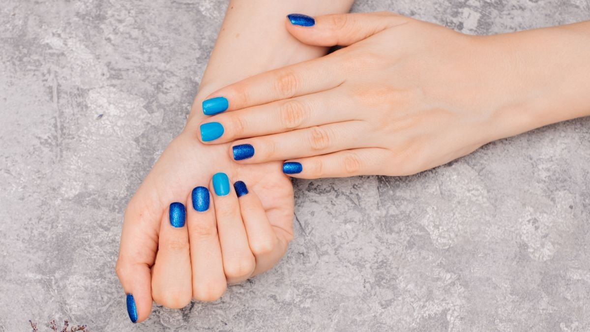 Aurora nails are the Korean nail art trend everybody's obsessed with