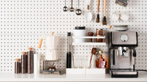 How to declutter - fast! Quick and easy tips for organising your home