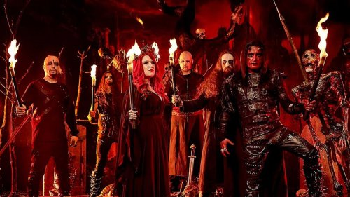 Cradle Of Filth enjoy dark Victorian gothic vibe on Necromantic Fantasies video