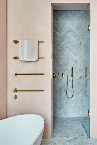 22 modern ideas for an on-trend pink bathroom scheme