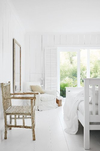 Browse these rustic bedroom ideas