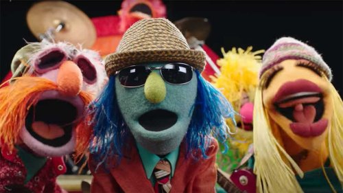 The Muppets performing Mr Blue Sky is a psychedelic, candy-coloured delight