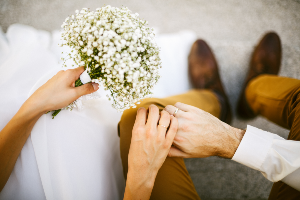 This is the ideal time to wait before getting engaged