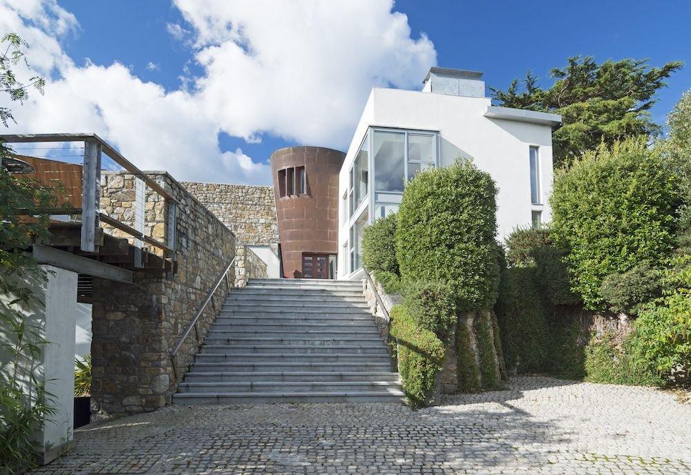 Matt Damon's Lockdown House Is Available To Rent