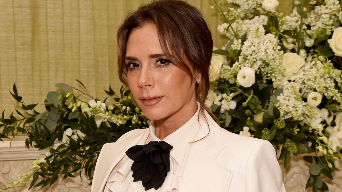 Victoria Beckham and Nikki Make-up reveal the most flattering nude lipstick