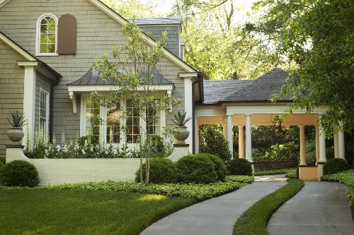 10 front yard landscaping ideas – for impact and curb appeal