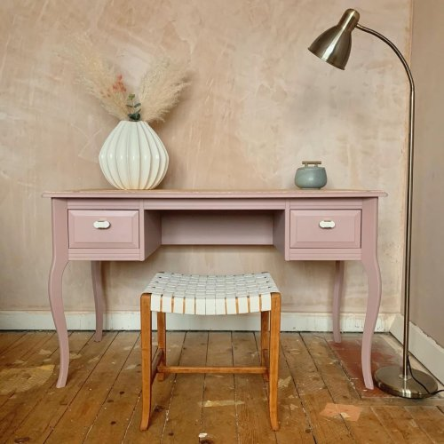 See how one DIYer upcycled old furniture with lollipop sticks (the results are fab)