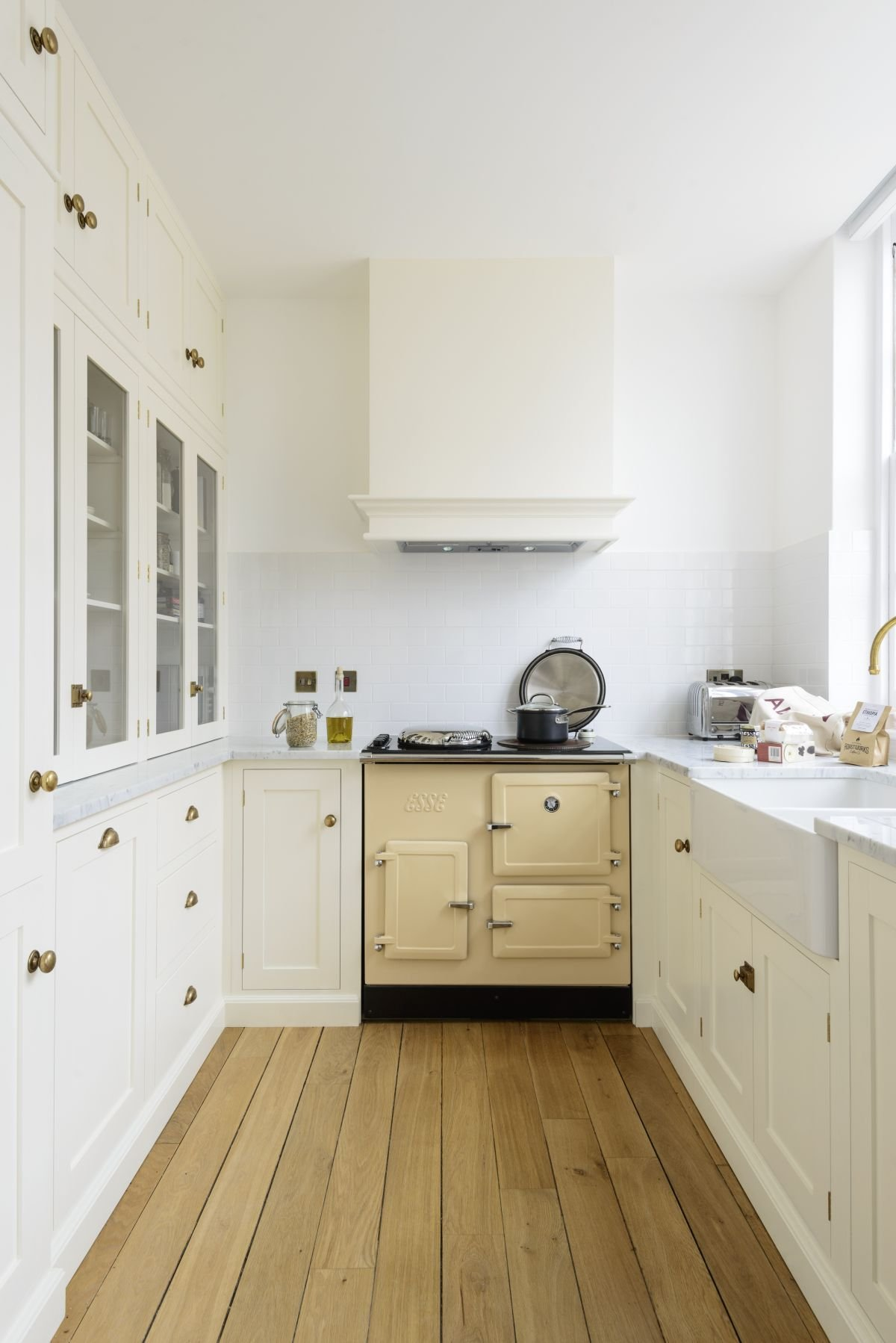Small kitchen design: 10 steps to plan your design and enhance your kitchen space