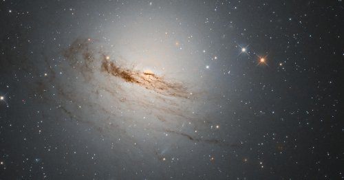 Hubble-Teleskop fotografiert sterbende Galaxie