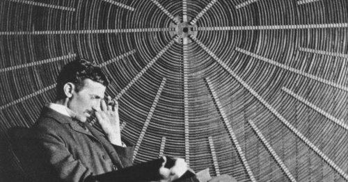Streit um Tesla auf Euro-Münzen