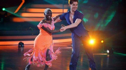 """Let's Dance"": Auma Obama tanzt am Halbfinale vorbei"