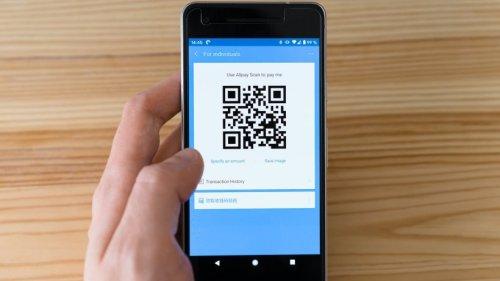"""""""Ein ganzer Apparat an Online-Tracking"""": Experten warnen vor QR-Codes im Restaurant"""