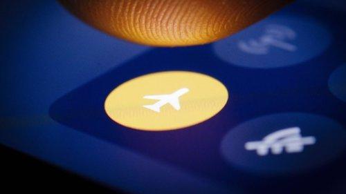 Unbedingt Flugmodus aktivieren: Er erlaubt einen unerwarteten Handy-Hack