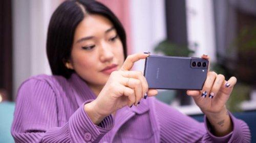 Samsung vs. Apple: Galaxy S22 macht es dem iPhone 13 bald schwer