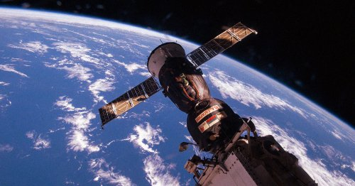 Russia Just Accidentally Spun the Space Station AGAIN
