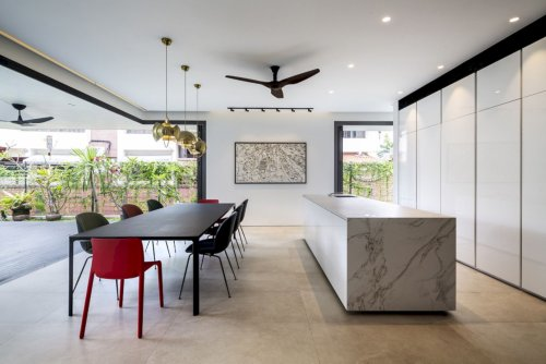 Bamboo Veil House: A Minimalist Tropical House with A Wide Social Space