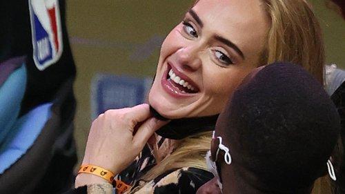 Adele: Neues Foto zeigt sie in Traumrobe – und mit ihrem neuen Freund