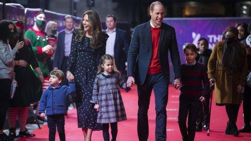 Herzogin Kate, Prinz William + Kids am Flughafen: Wohin geht die Reise?