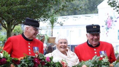 Sie strahlt bei der Chelsea Flower Show