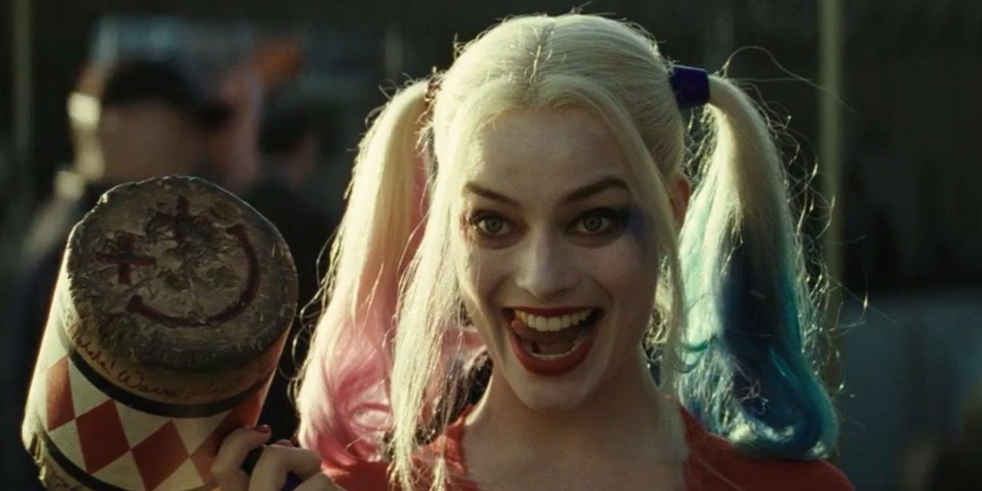 Harley Quinn Cosplayer Looks Practically Identical To Margot Robbie