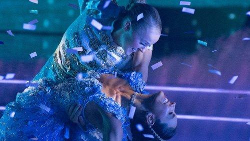 'DWTS': JoJo Siwa is Prince Charming on Disney Night, Tom Bergeron gets candid about host firing