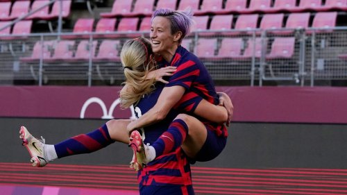 Tokyo Olympics while you were sleeping: USWNT wins bronze medal; relay becomes 'clown show'