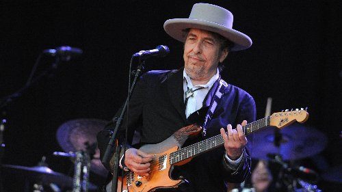 Bob Dylan artwork, the largest collection ever, will go on display in the US this year