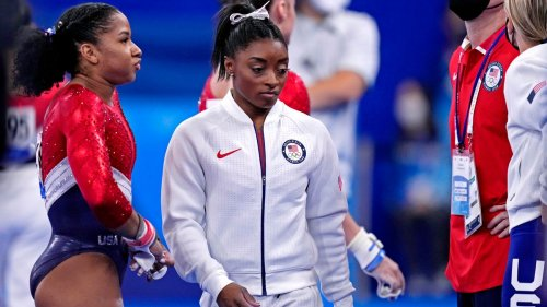 Distraught Simone Biles pulls out of Olympics team final: 'I was still struggling with some things'