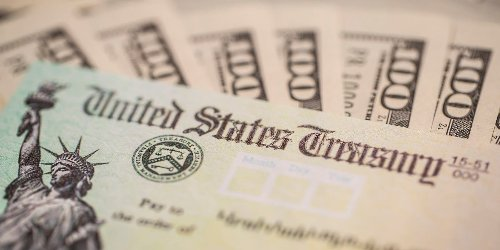 First round of $1,400 COVID-19 relief checks to start hitting bank accounts this weekend, White House says