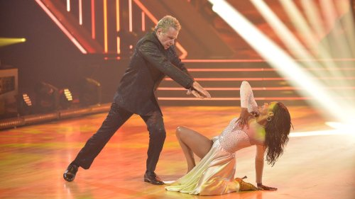 'DWTS' highlights: Olivia Jade doesn't pull the 'pity card,' JoJo Siwa grooves with same-sex partner