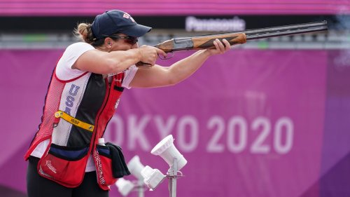 American Amber English wins gold at Tokyo Olympics in women's skeet shooting