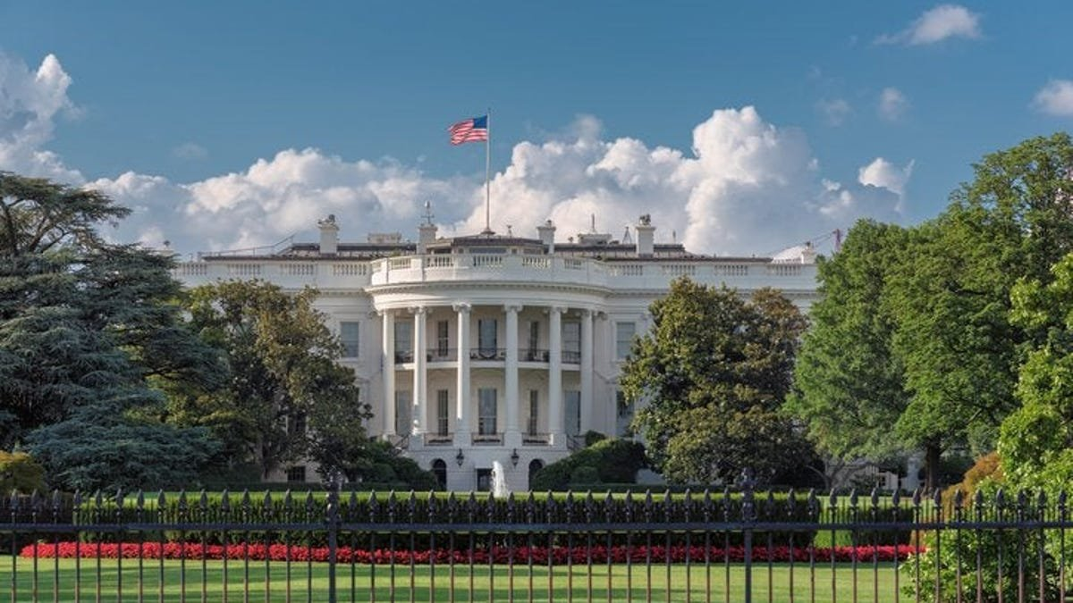 US investigates incidents of Havana Syndrome near the White House. What is the mysterious illness?