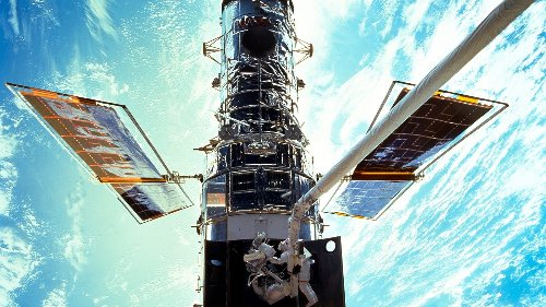Hubble Telescope's payload computer is down. NASA has spent days trying to fix it.