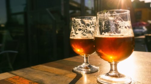 Americans are using alcohol to cope with pandemic stress: Nearly 1 in 5 report 'heavy drinking'