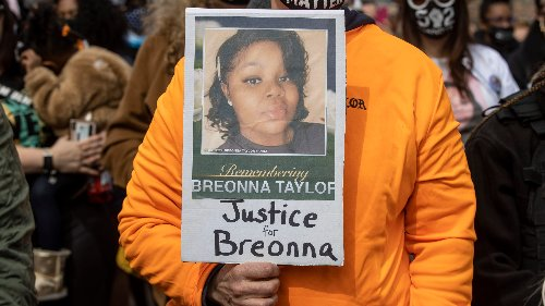 Officers shouldn't have fired a 'single shot' at Breonna Taylor's home, Louisville police investigator said in report