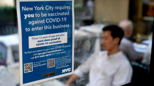 NYC hostess allegedly punched after asking customers for proof of COVID vaccine required by city