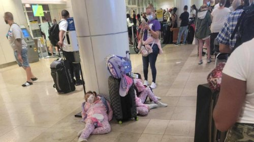 Travel trouble Tuesday: American, Spirit cancel hundreds of flights for third consecutive day