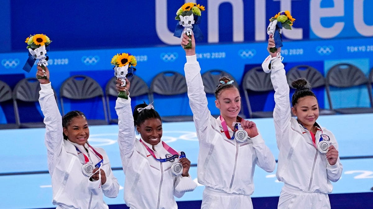 U.S. women's gymnastics team claims silver in team final after Simone Biles withdraws at Tokyo Olympics