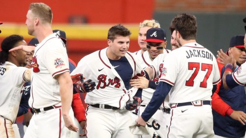 Opinion: Braves win NLCS opener vs. Dodgers, even if they didn't deserve the victory