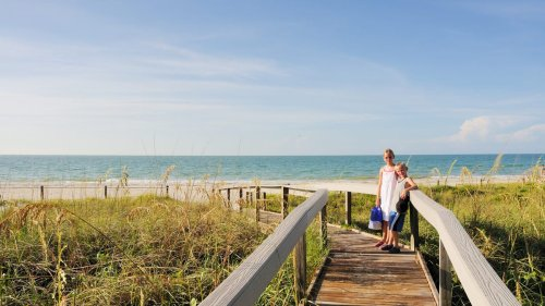 10 best beach vacation ideas for families – even if you're traveling in the fall