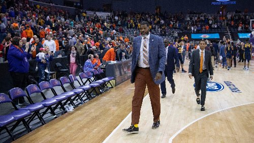 Student sues University of Evansville, accuses ex-men's basketball coach Walter McCarty of rape