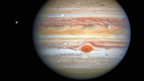 'Does this make sense?' Winds in Jupiter's great red spot are speeding up, now over 400 mph