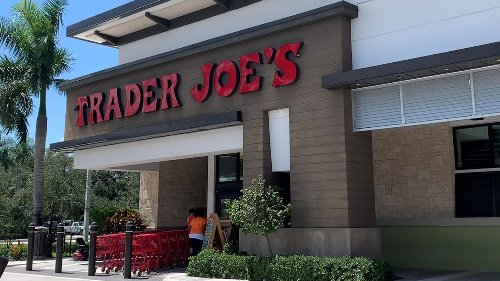 Trader Joe's drops mask requirement for fully vaccinated consumers after CDC mask update