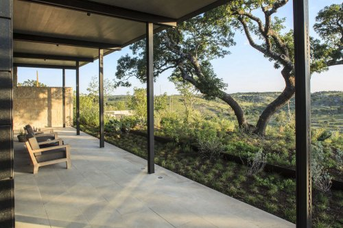Landscape Architect Visit: Postcard Views in Texas Hill Country, by Studio Outside - Gardenista